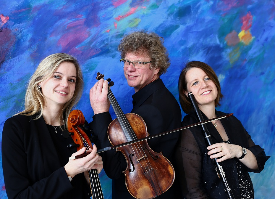 "Trio ""Divertissement"""